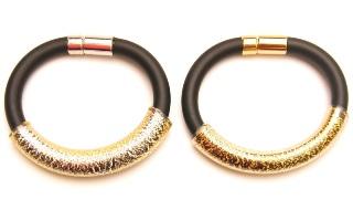 DM44b Браслет на каучуке  с золотой или серебряной тубой муранское стекло