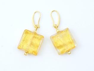 2016-36/maz Серьги Клеопатра цвет золотой бусины 2х2см муранское стекло
