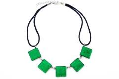 Арт. 02 зеленый - колье с 5 элементами 2х2см
